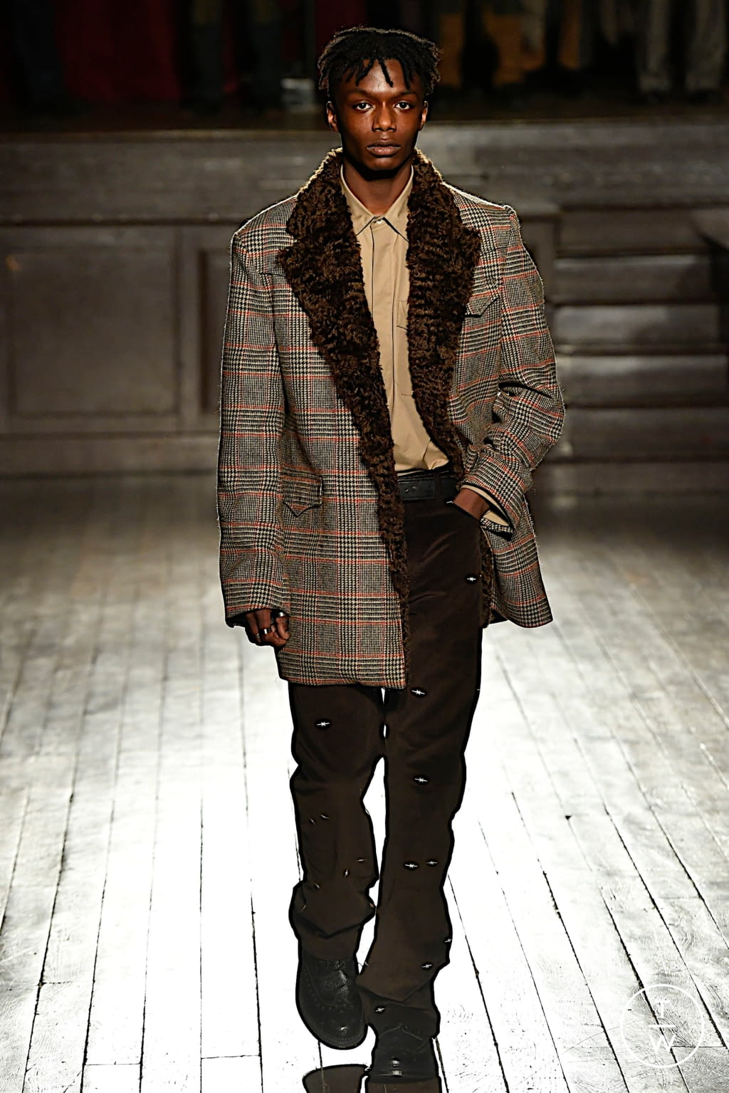 Fashion Week Paris Fall/Winter 2020 look 9 from the PHIPPS collection menswear