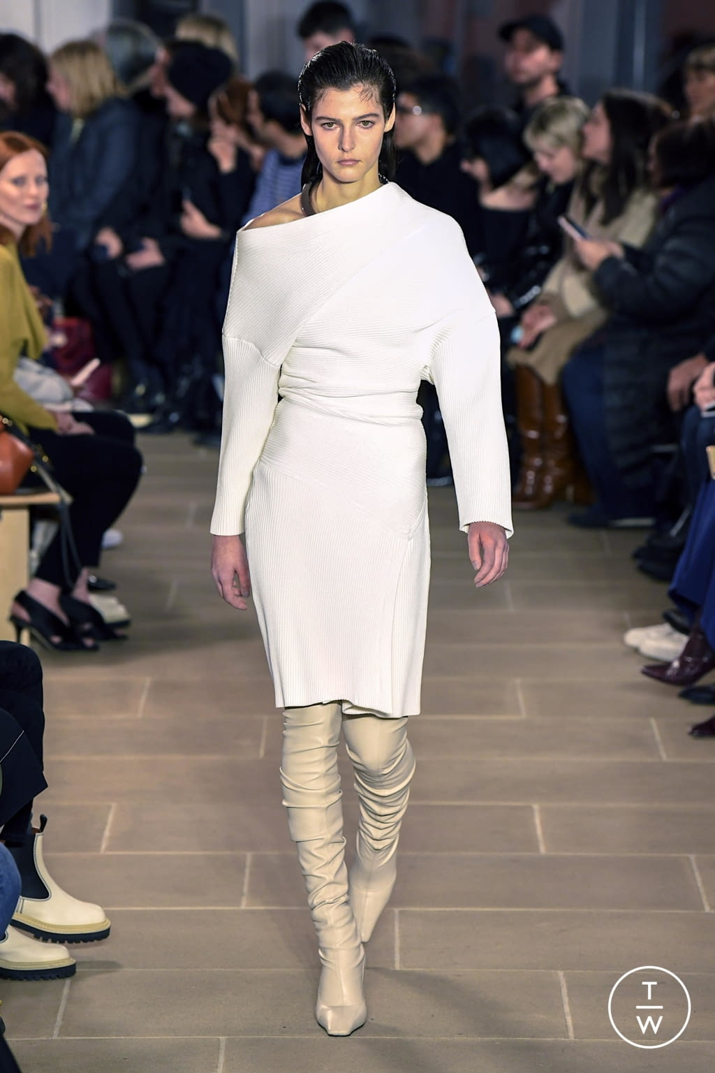Fashion Week New York Fall/Winter 2020 look 4 from the Proenza Schouler collection womenswear