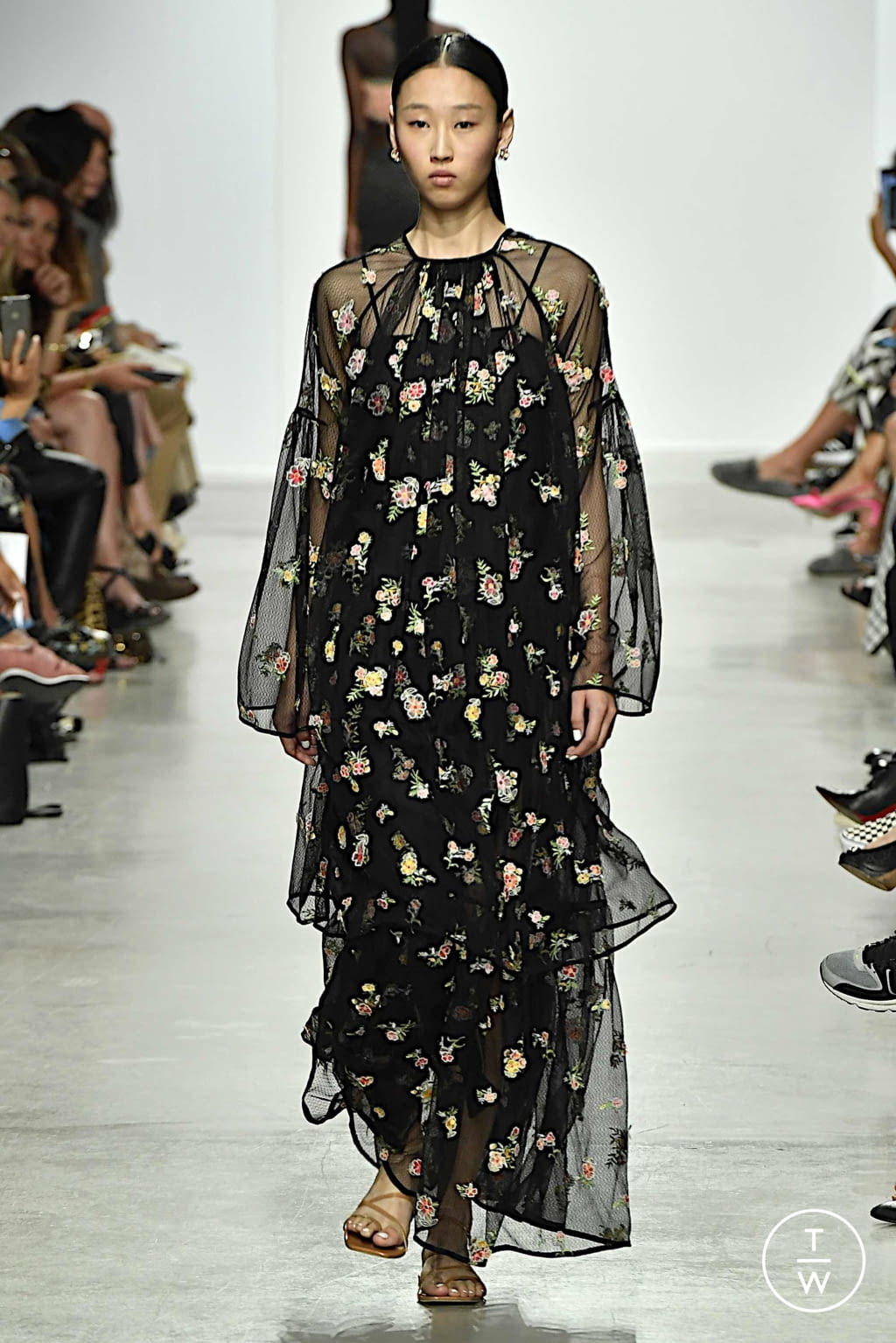 Fashion Week Paris Spring/Summer 2020 look 23 from the Rahul Mishra collection womenswear