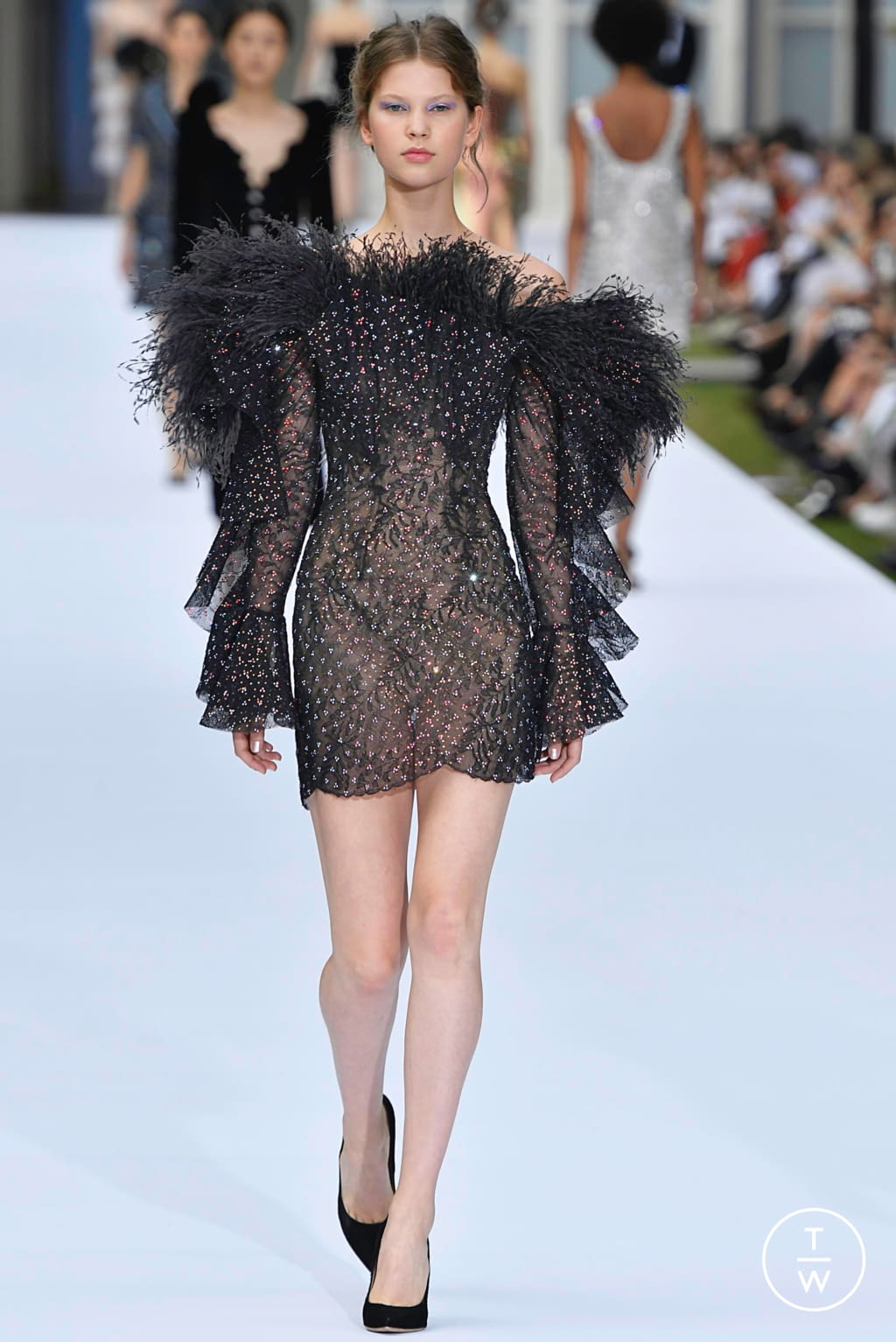 Fashion Week Paris Fall/Winter 2019 look 38 from the Ralph & Russo collection couture