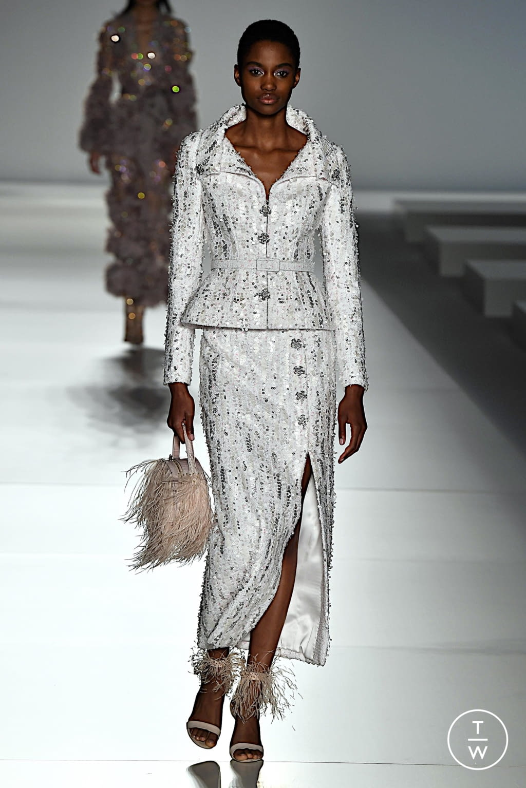 Fashion Week Paris Spring/Summer 2020 look 18 from the Ralph & Russo collection couture