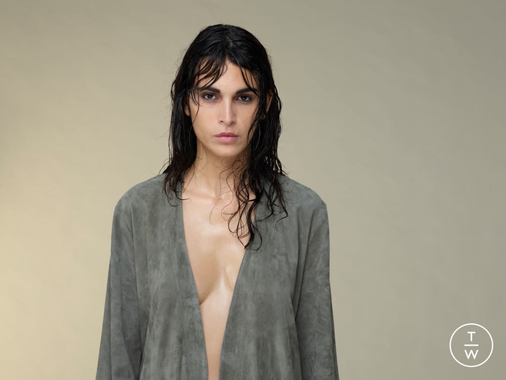 Fashion Week Paris Spring/Summer 2020 look 17 from the Stouls collection womenswear