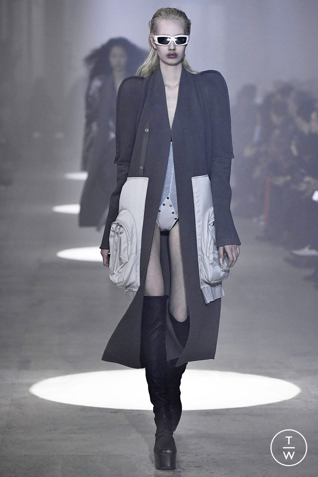 Fashion Week Paris Fall/Winter 2019 look 10 from the Rick Owens collection womenswear