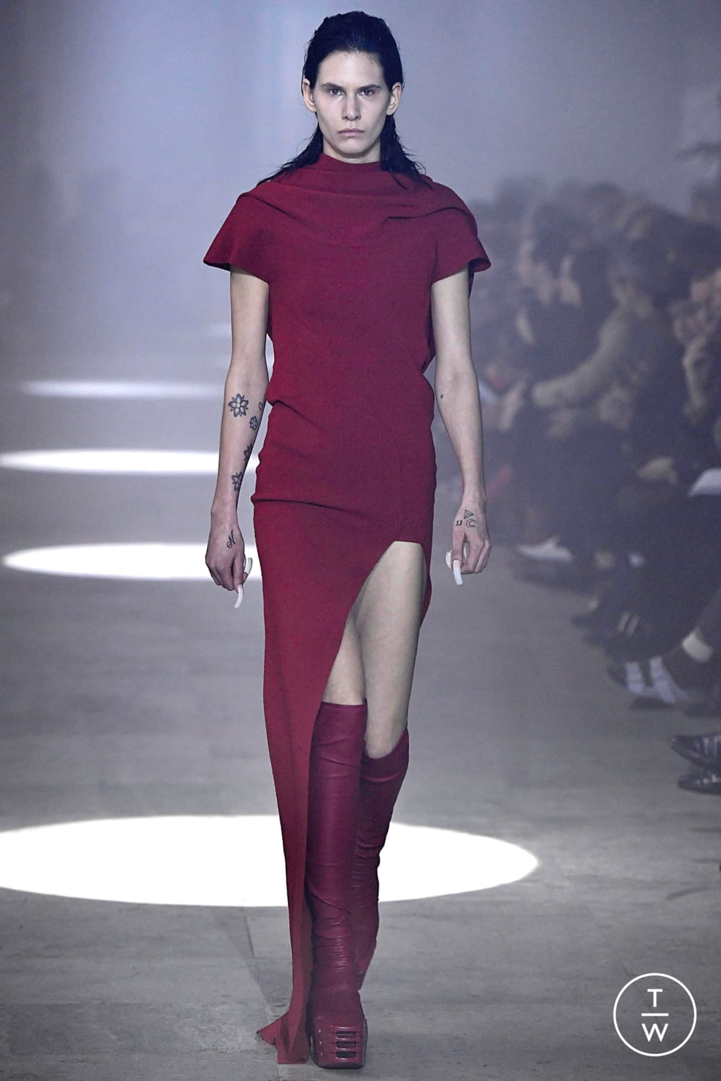 Fashion Week Paris Fall/Winter 2019 look 43 from the Rick Owens collection womenswear