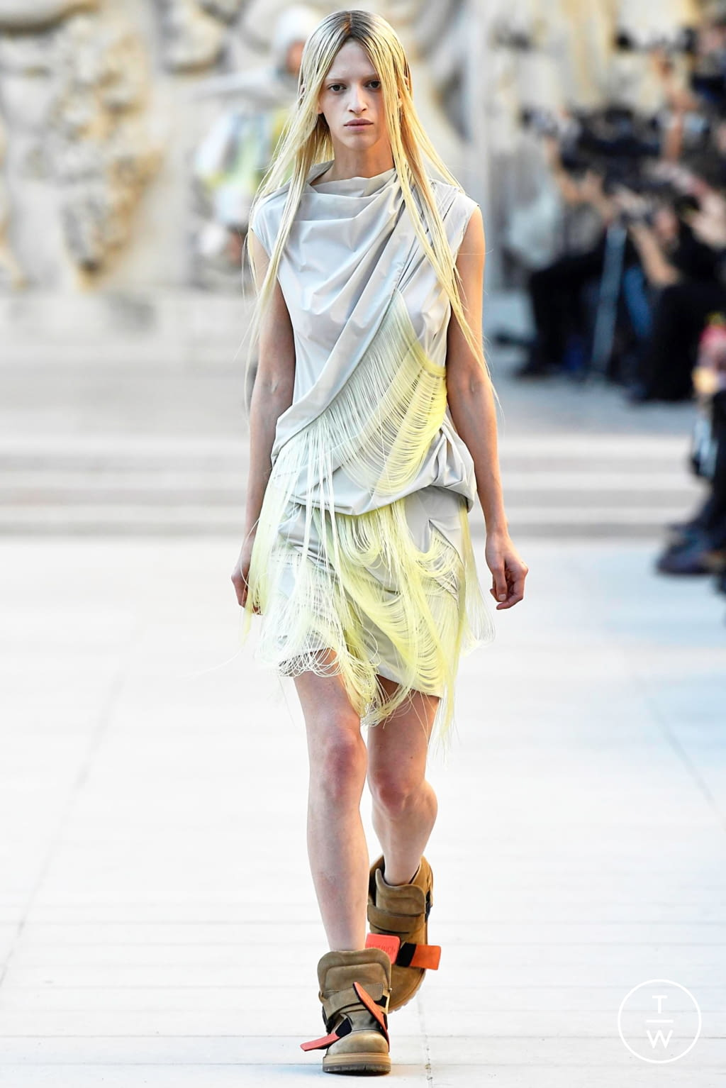 Fashion Week Paris Spring/Summer 2019 look 9 from the Rick Owens collection womenswear