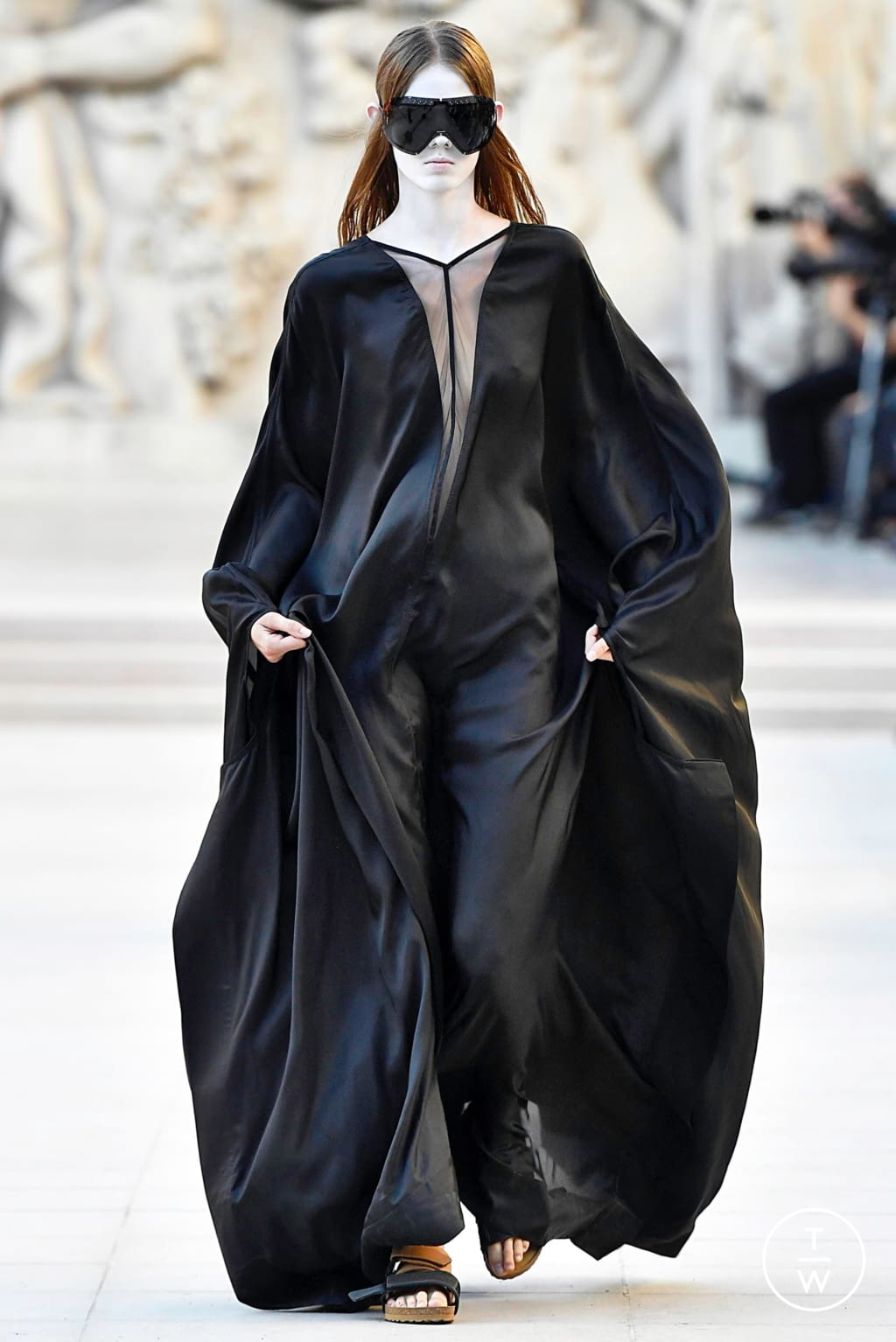 Fashion Week Paris Spring/Summer 2019 look 37 from the Rick Owens collection womenswear