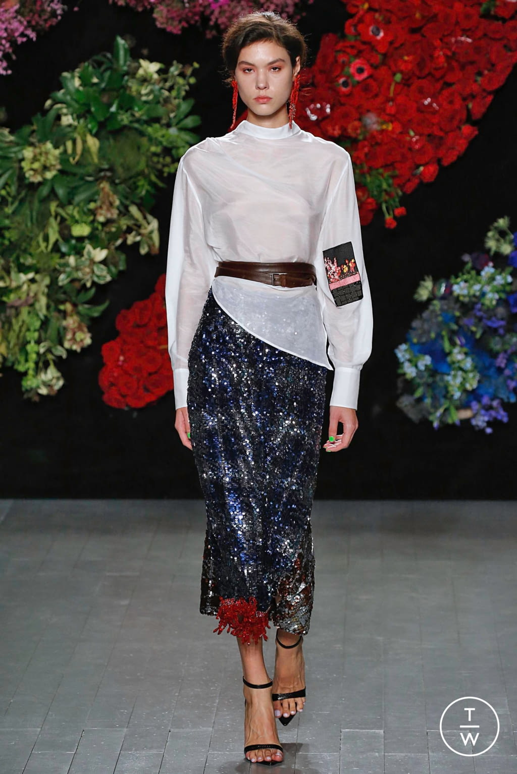 Fashion Week London Fall/Winter 2019 look 24 from the Roberta Einer collection 女装