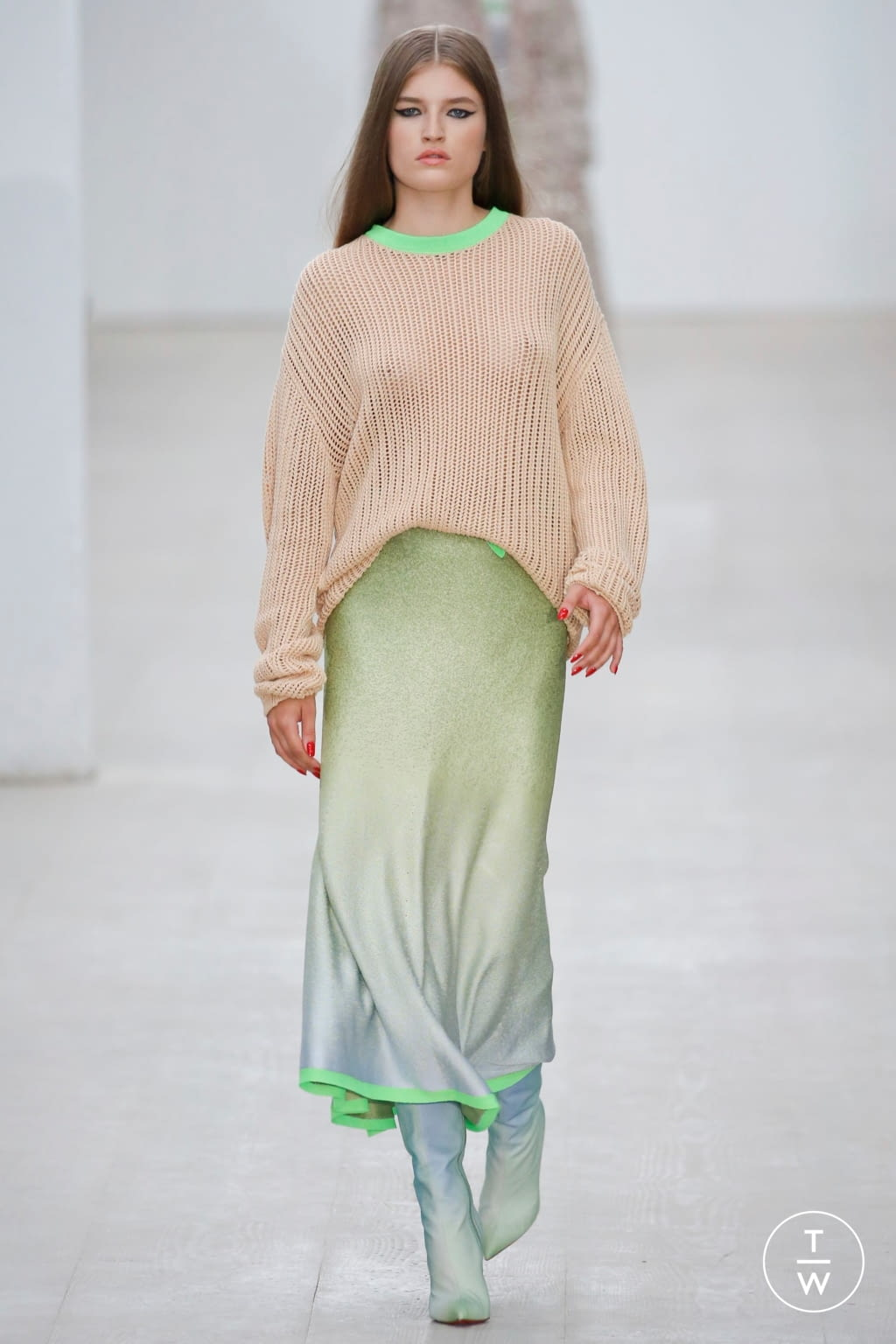 Fashion Week London Spring/Summer 2020 look 1 from the Roberta Einer collection 女装