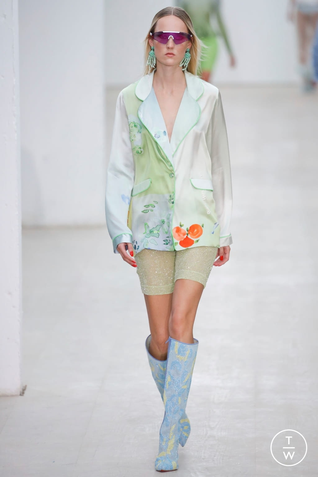 Fashion Week London Spring/Summer 2020 look 18 from the Roberta Einer collection womenswear