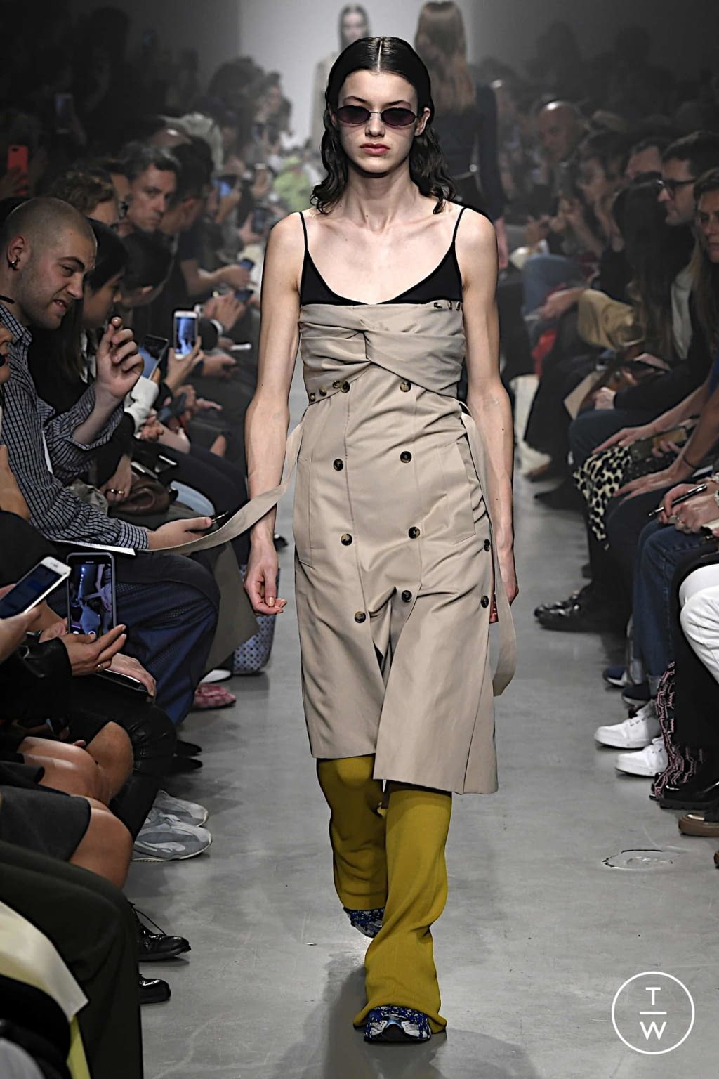 Fashion Week Paris Spring/Summer 2020 look 4 from the Rokh collection 女装