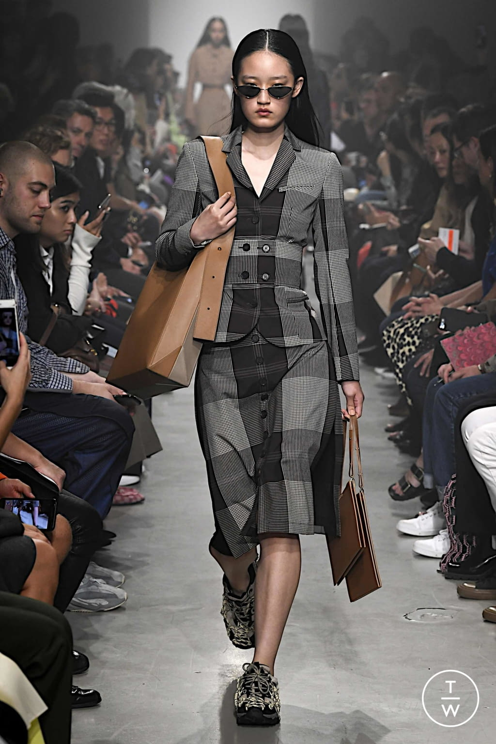 Fashion Week Paris Spring/Summer 2020 look 39 from the Rokh collection womenswear