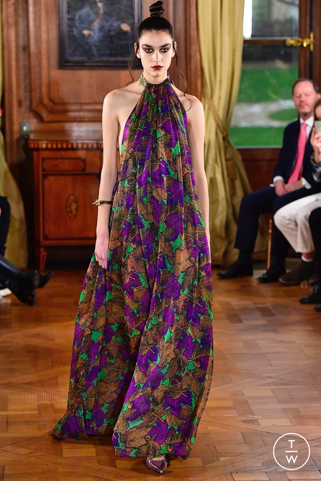 Fashion Week Paris Spring/Summer 2019 look 13 from the Ronald Van Der Kemp collection couture