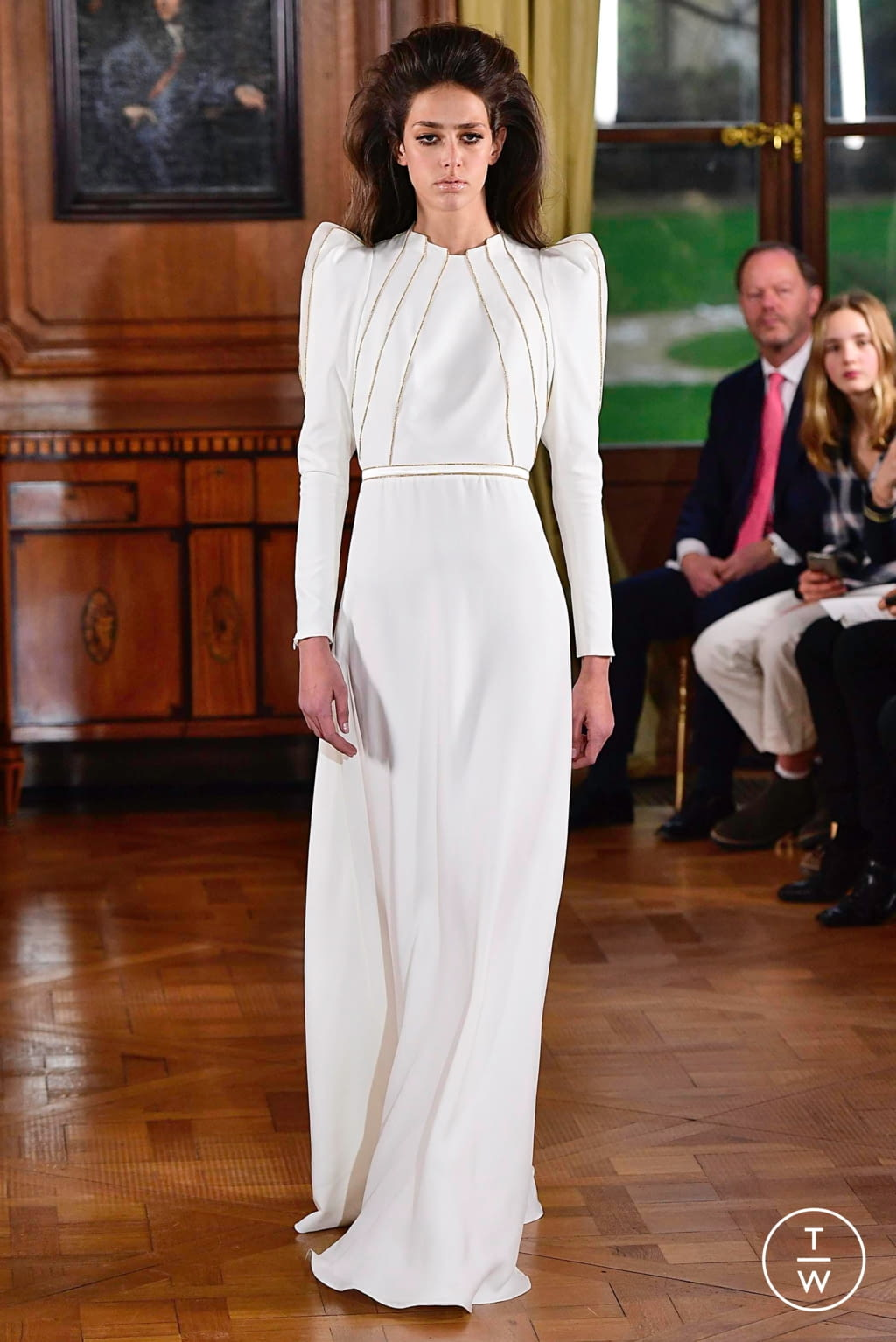 Fashion Week Paris Spring/Summer 2019 look 18 from the Ronald Van Der Kemp collection couture