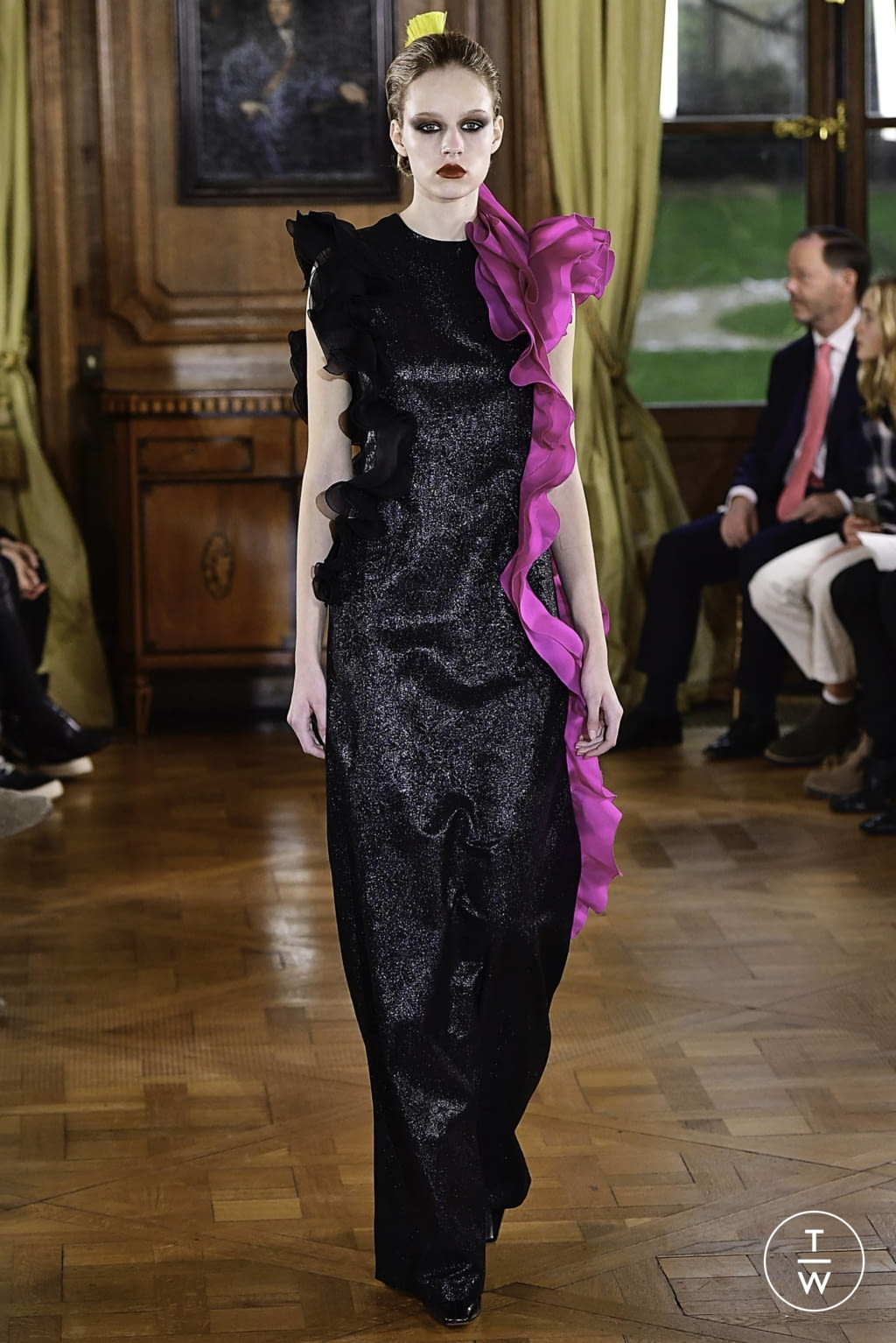 Fashion Week Paris Spring/Summer 2019 look 27 from the Ronald Van Der Kemp collection couture