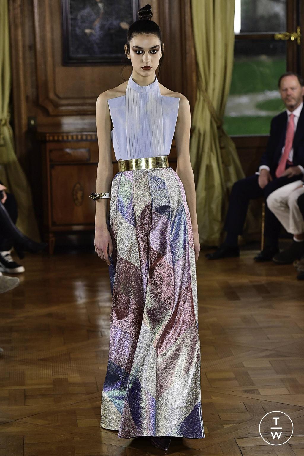 Fashion Week Paris Spring/Summer 2019 look 34 de la collection Ronald Van Der Kemp couture