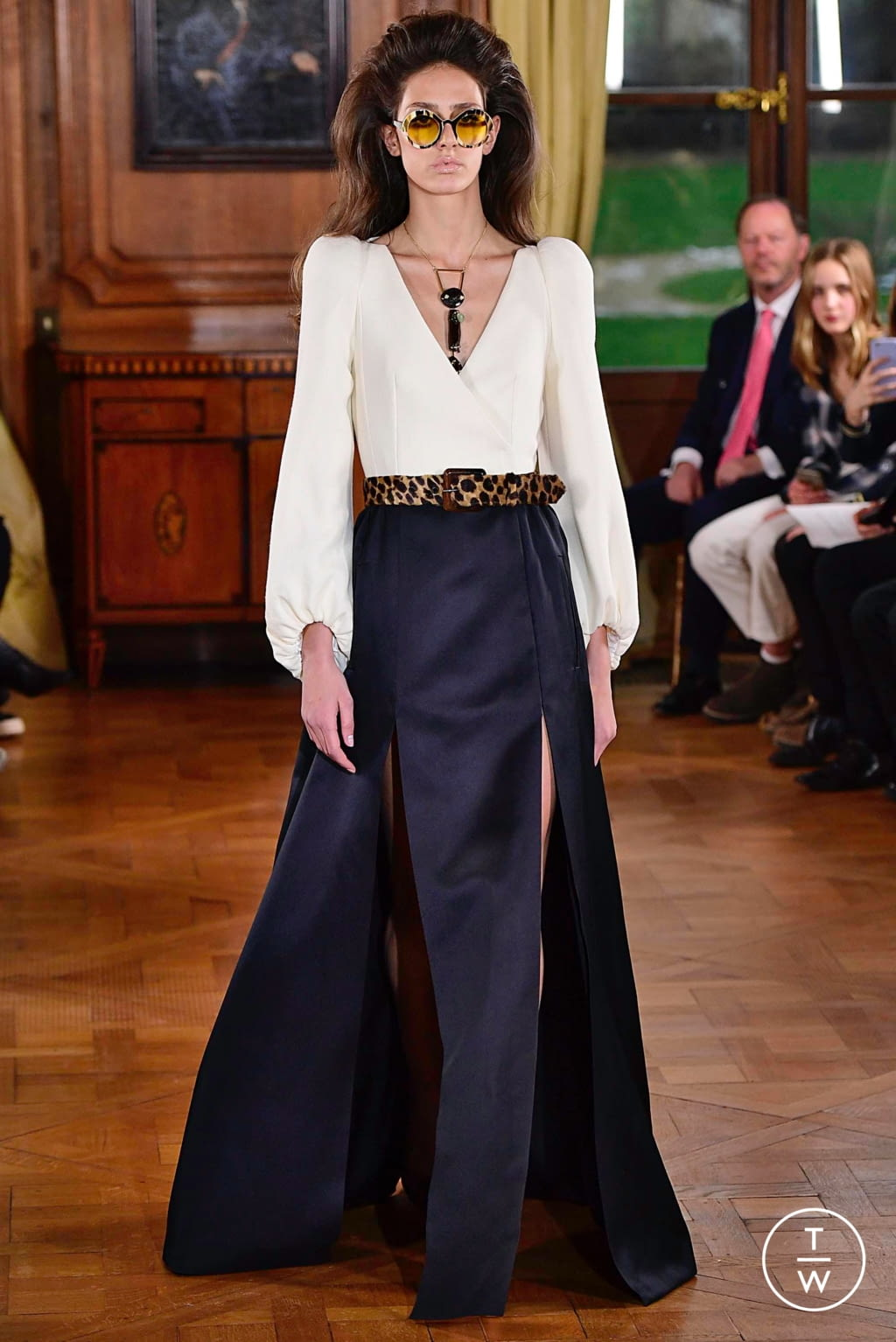 Fashion Week Paris Spring/Summer 2019 look 36 from the Ronald Van Der Kemp collection couture