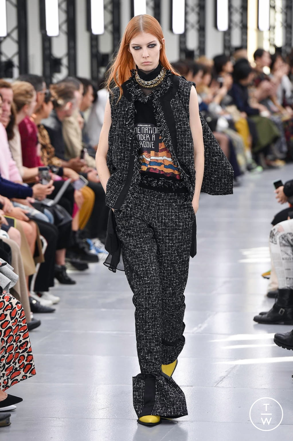Fashion Week Paris Spring/Summer 2020 look 18 from the Sacai collection womenswear
