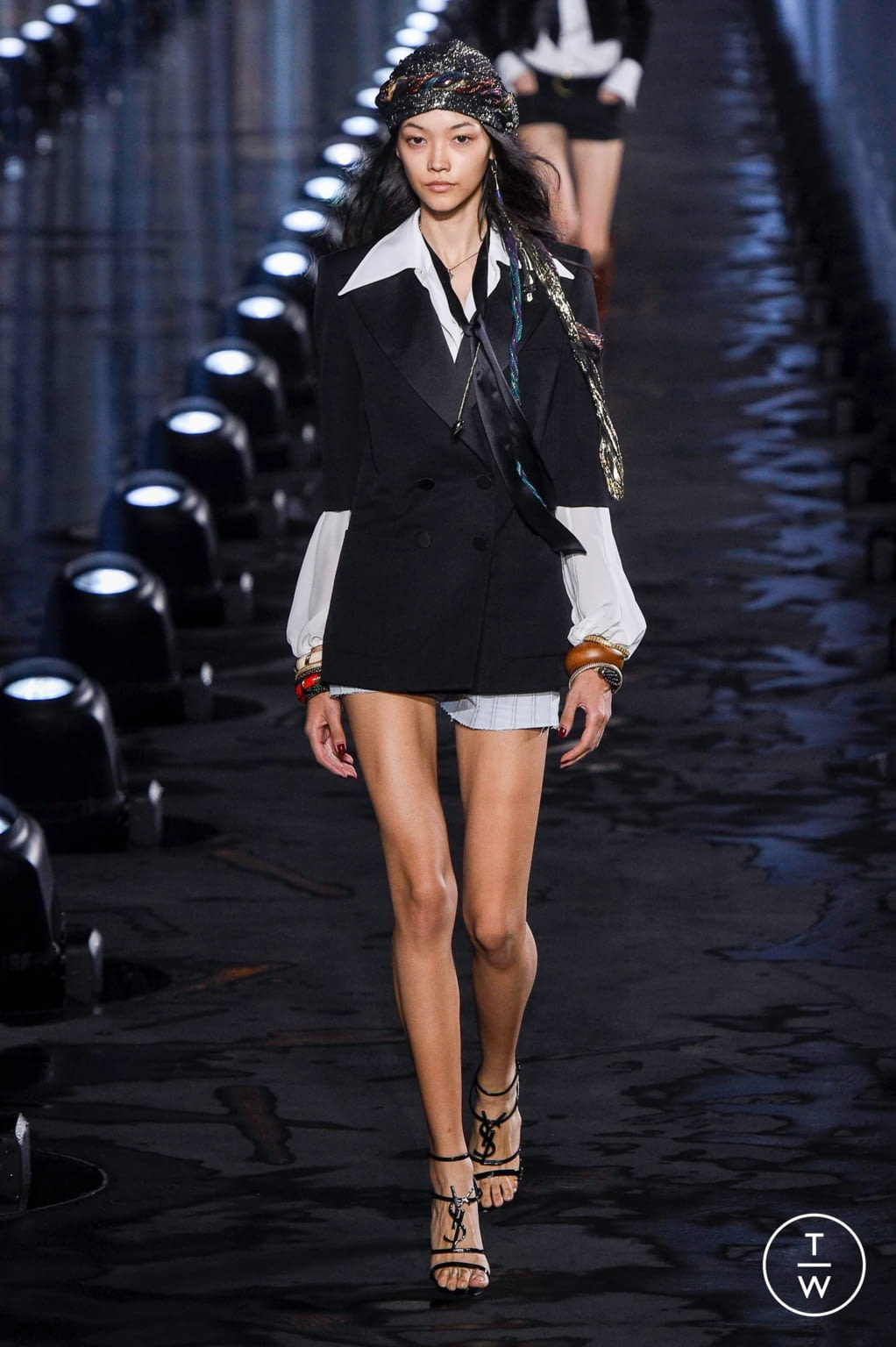Fashion Week Paris Spring/Summer 2020 look 5 from the Saint Laurent collection womenswear