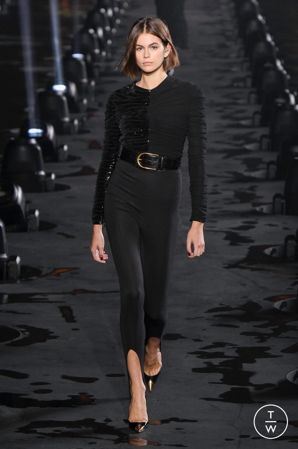 Fashion Week Paris Spring/Summer 2020 look 49 from the Saint Laurent collection womenswear