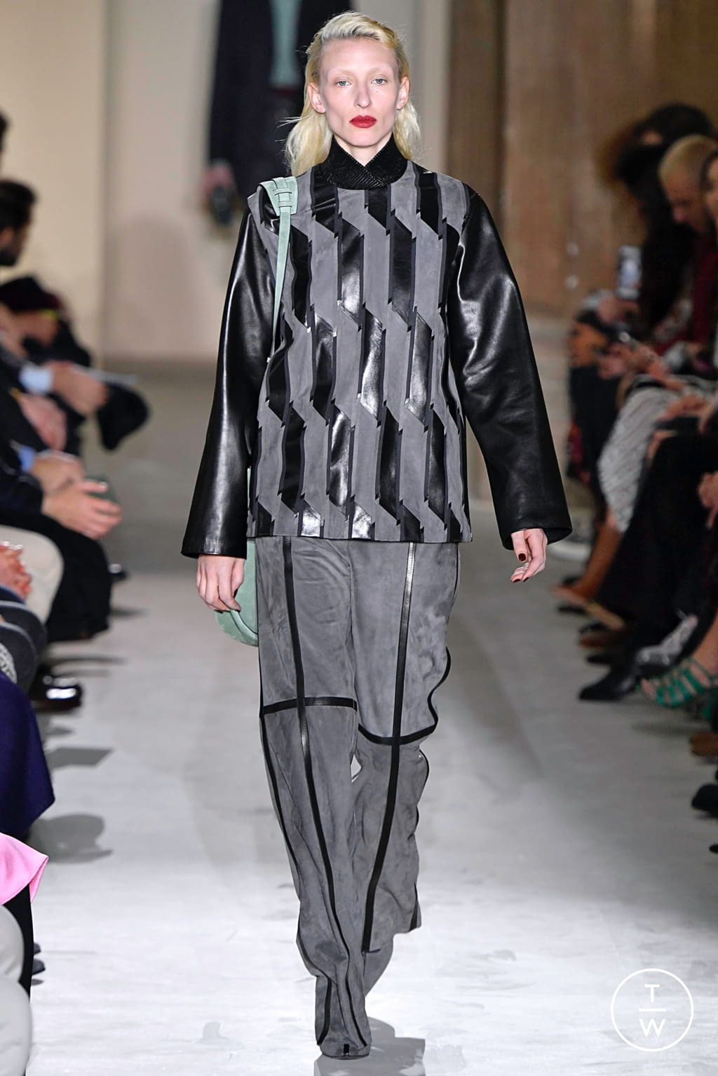 Fashion Week Milan Fall/Winter 2019 look 6 from the Salvatore Ferragamo collection womenswear