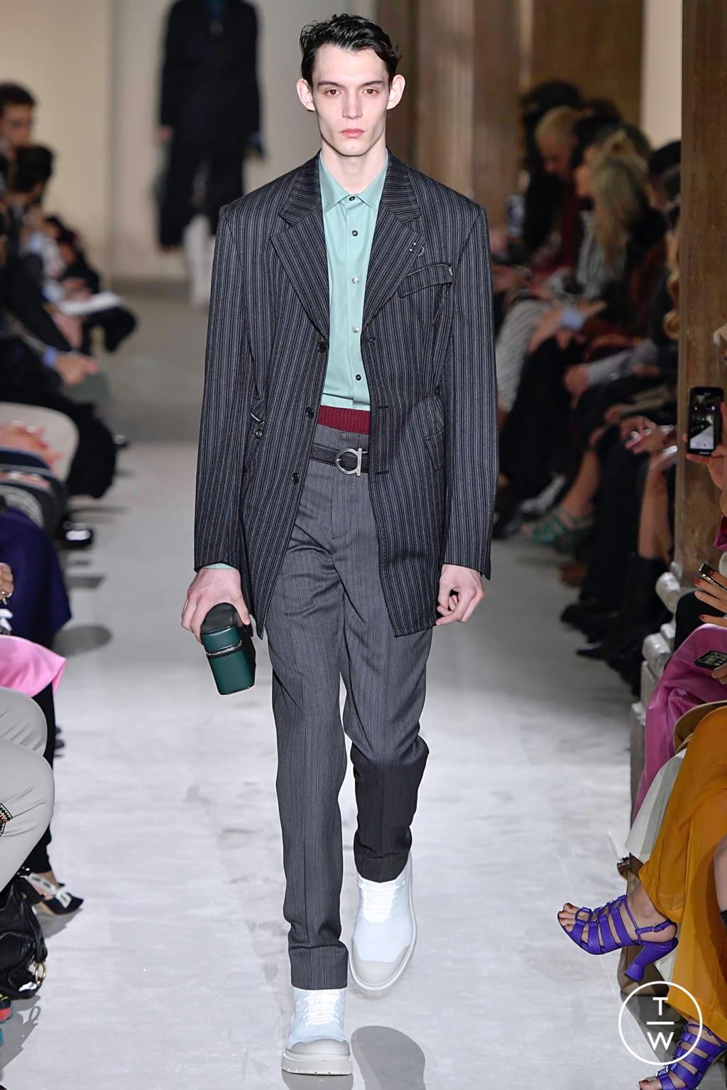Fashion Week Milan Fall/Winter 2019 look 7 from the Salvatore Ferragamo collection womenswear