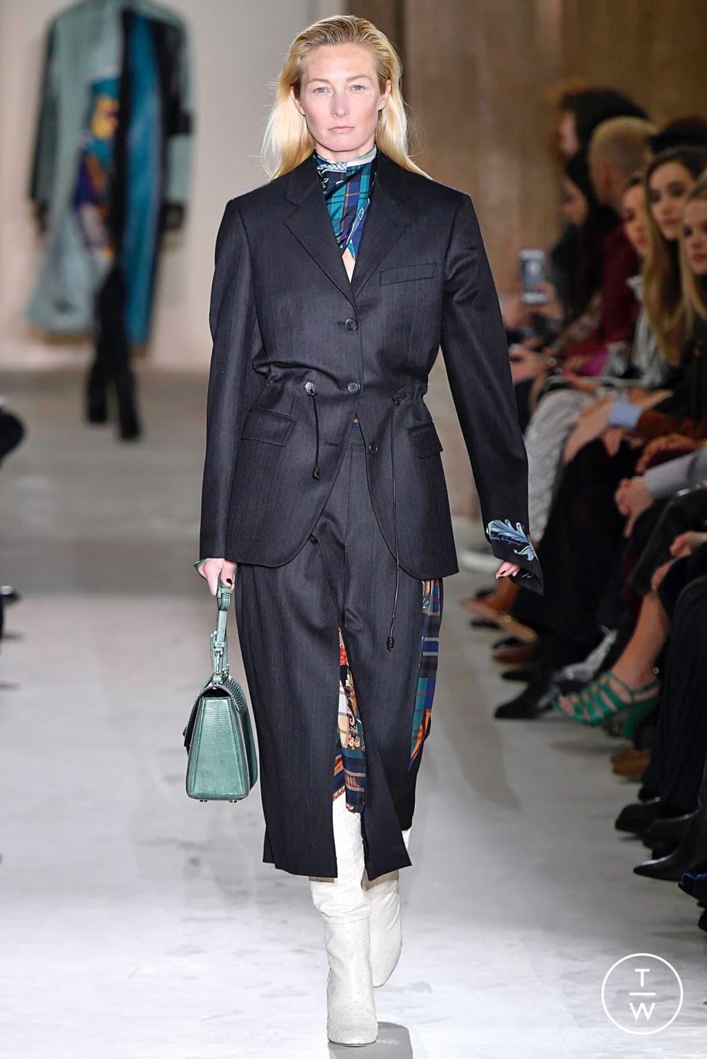 Fashion Week Milan Fall/Winter 2019 look 8 from the Salvatore Ferragamo collection womenswear