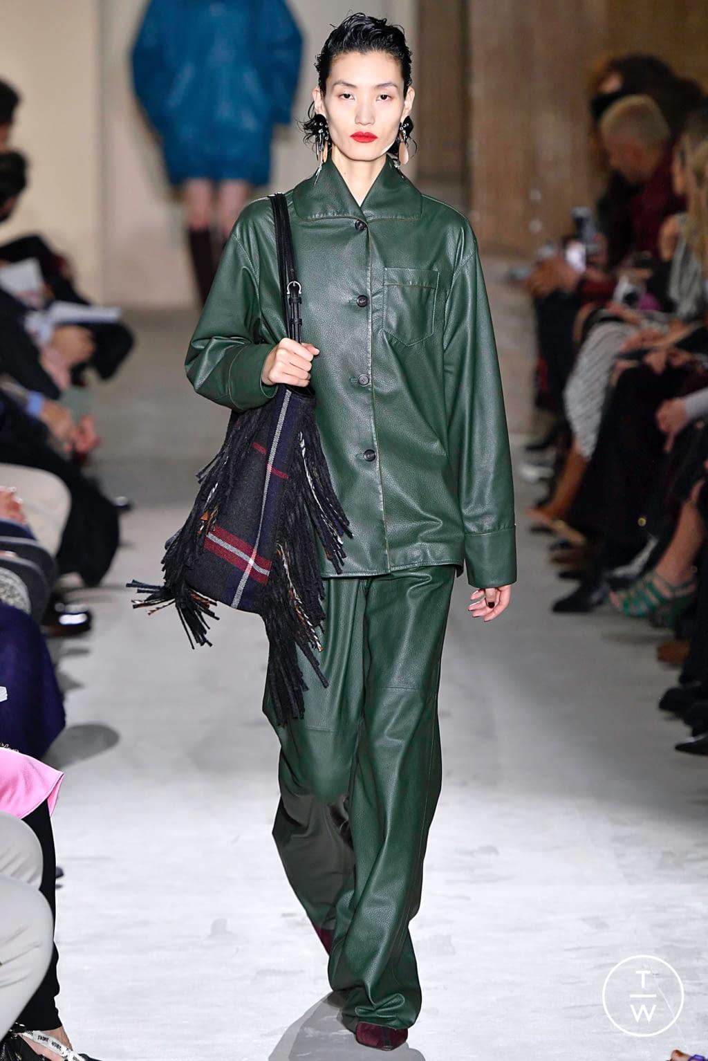 Fashion Week Milan Fall/Winter 2019 look 11 from the Salvatore Ferragamo collection womenswear