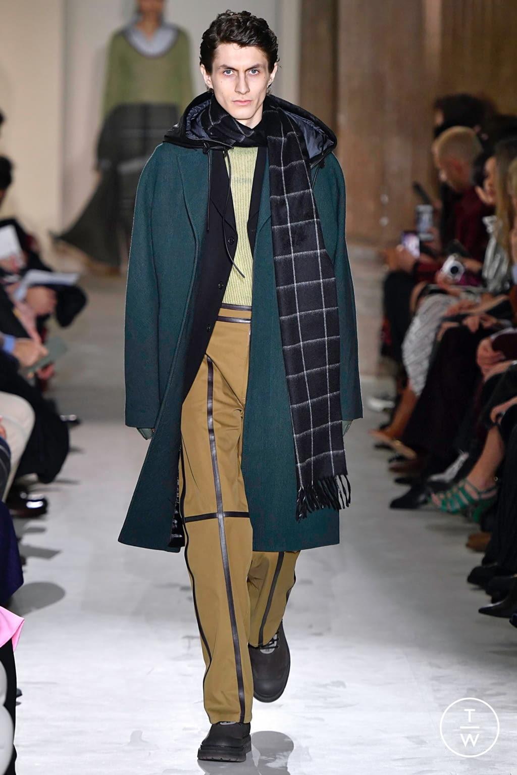 Fashion Week Milan Fall/Winter 2019 look 13 from the Salvatore Ferragamo collection womenswear