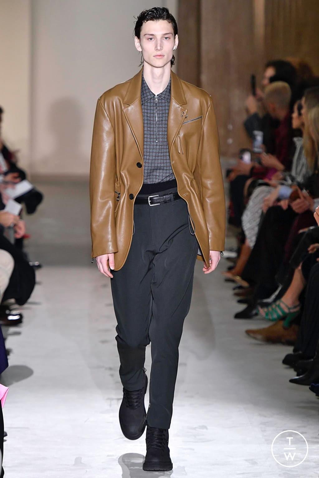 Fashion Week Milan Fall/Winter 2019 look 16 from the Salvatore Ferragamo collection womenswear