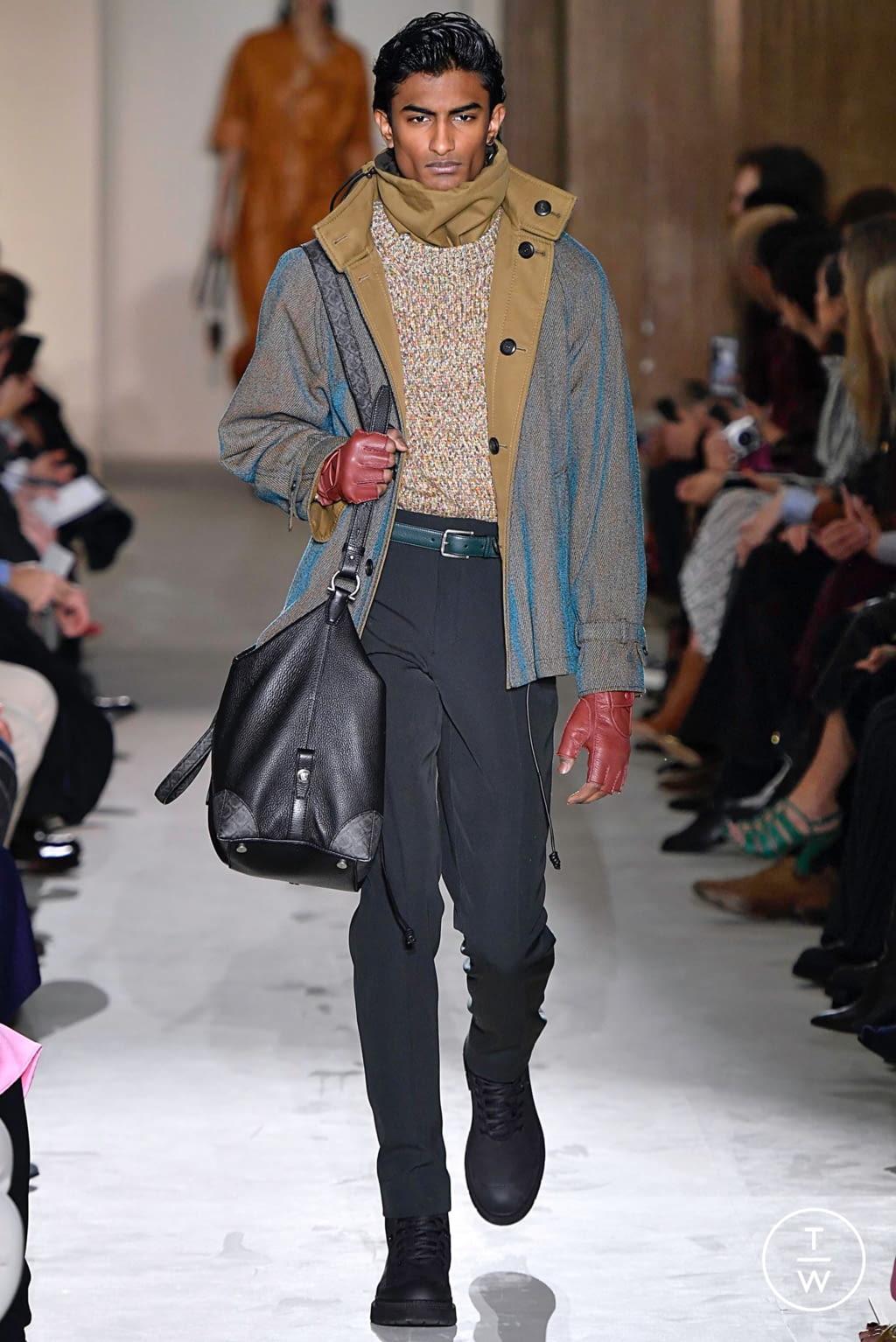 Fashion Week Milan Fall/Winter 2019 look 17 from the Salvatore Ferragamo collection womenswear