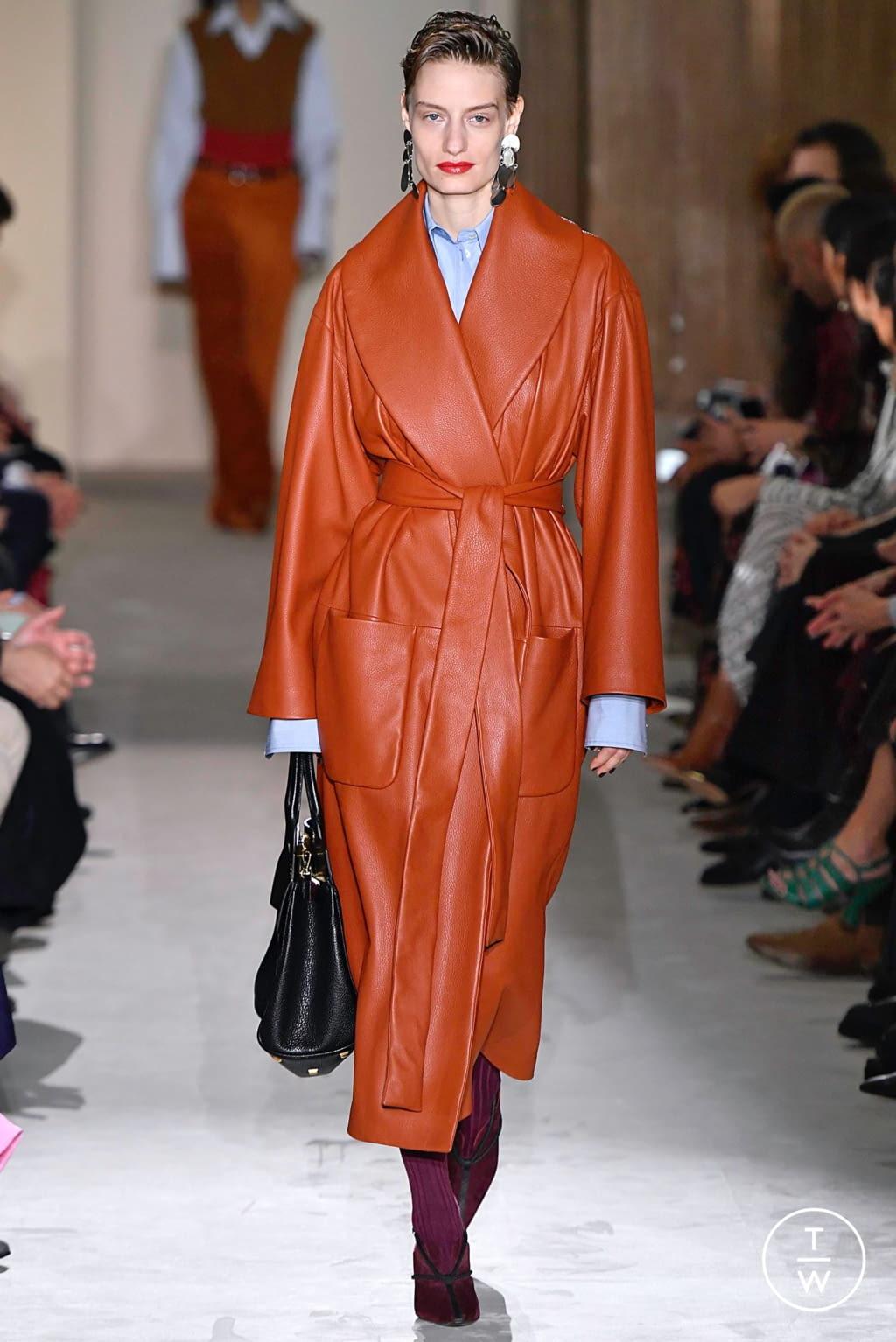 Fashion Week Milan Fall/Winter 2019 look 29 from the Salvatore Ferragamo collection womenswear