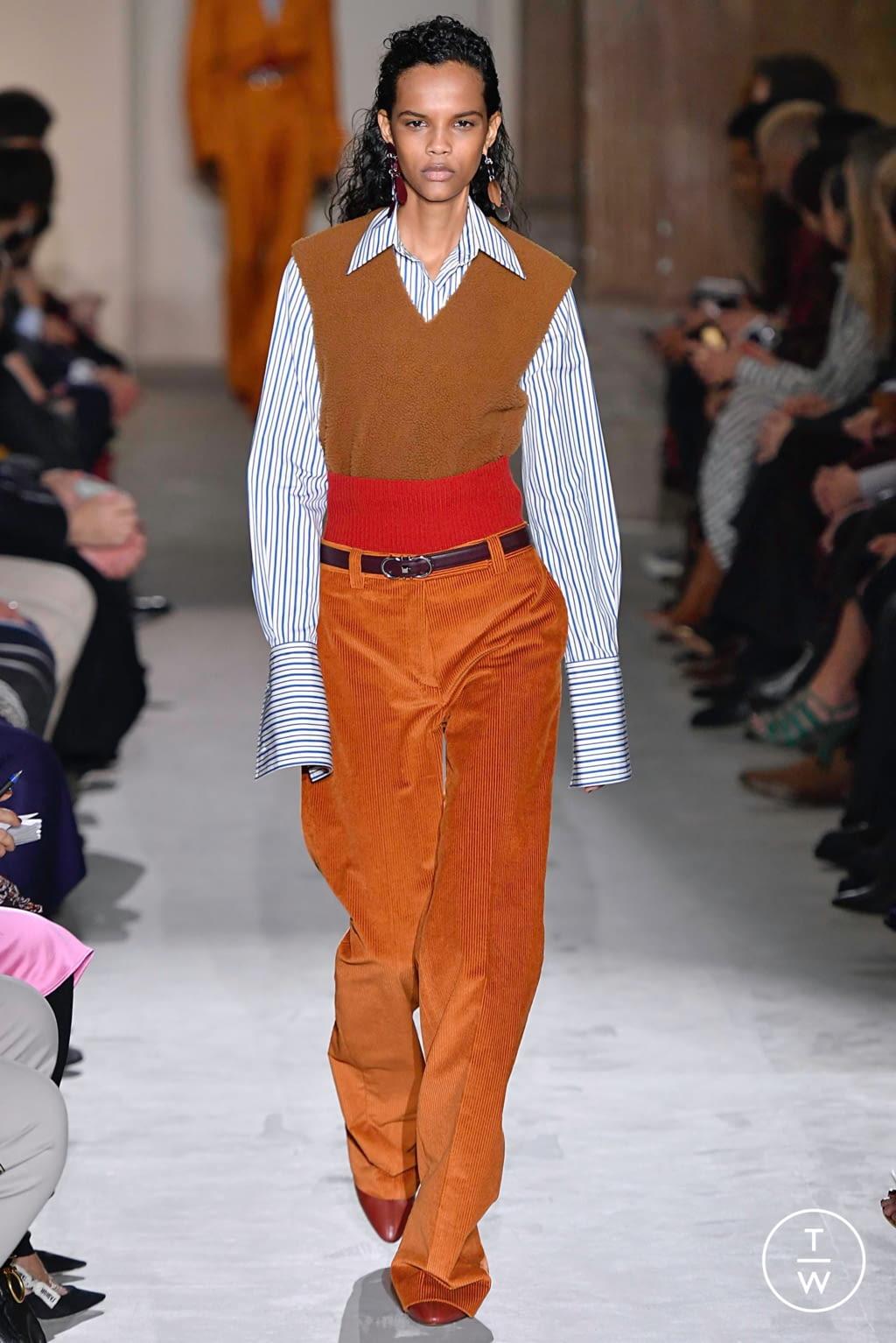 Fashion Week Milan Fall/Winter 2019 look 30 from the Salvatore Ferragamo collection womenswear
