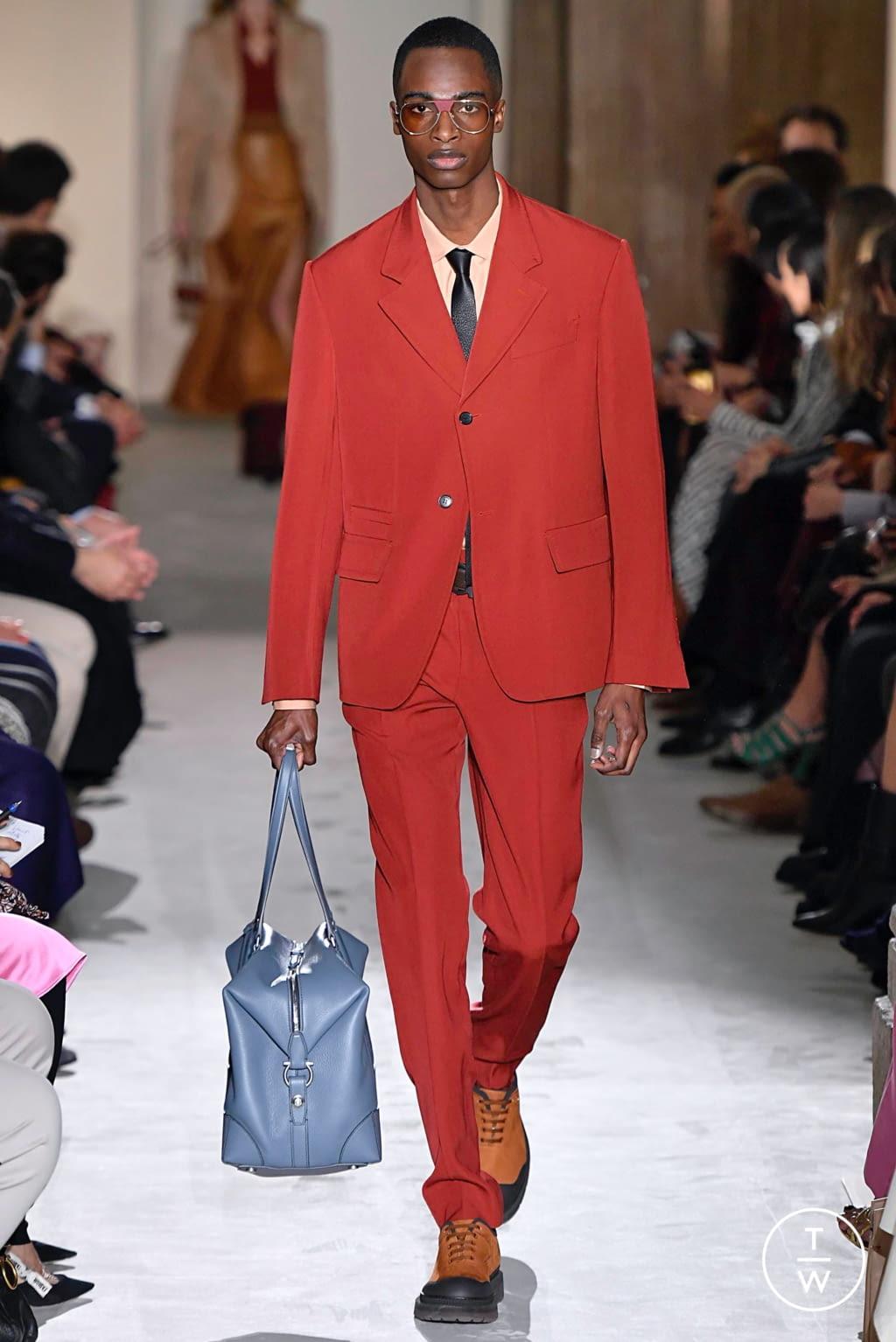 Fashion Week Milan Fall/Winter 2019 look 32 from the Salvatore Ferragamo collection womenswear