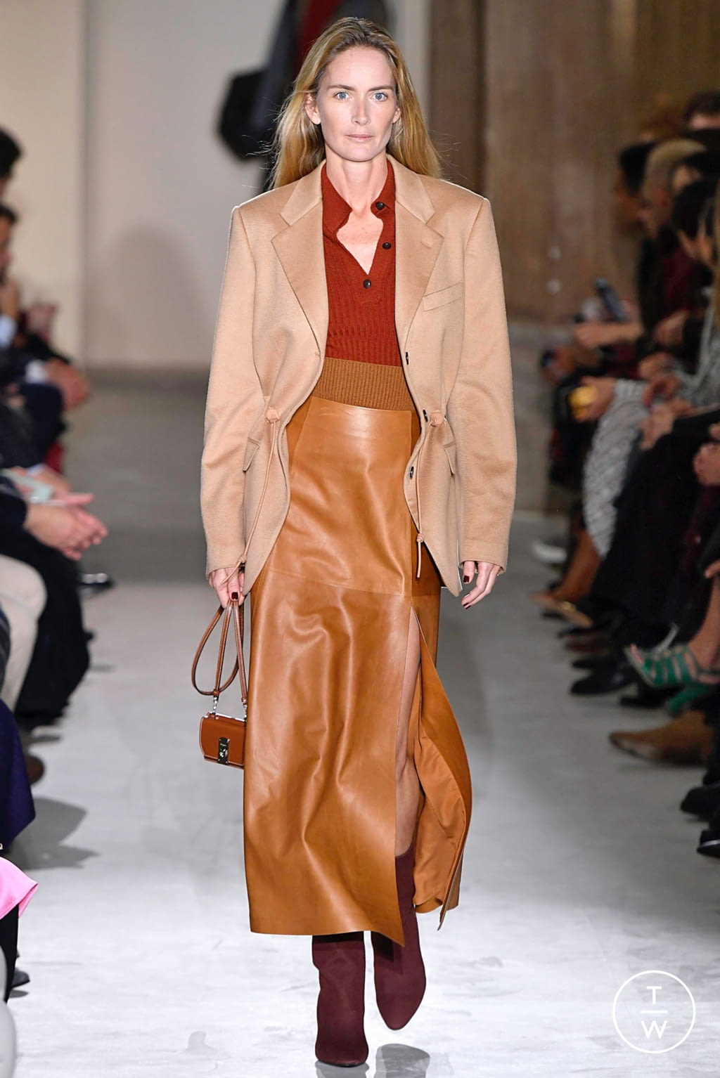Fashion Week Milan Fall/Winter 2019 look 33 from the Salvatore Ferragamo collection womenswear