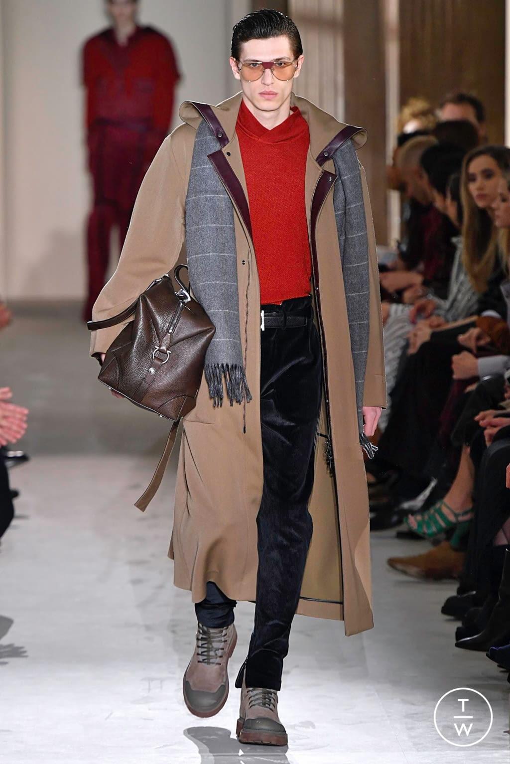 Fashion Week Milan Fall/Winter 2019 look 34 from the Salvatore Ferragamo collection womenswear