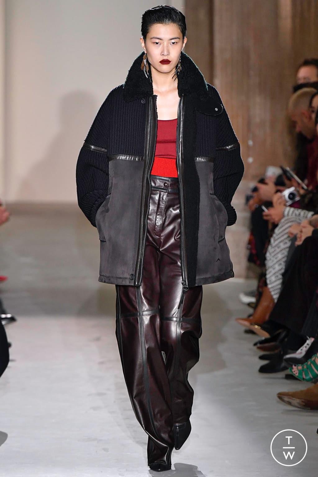Fashion Week Milan Fall/Winter 2019 look 38 from the Salvatore Ferragamo collection womenswear