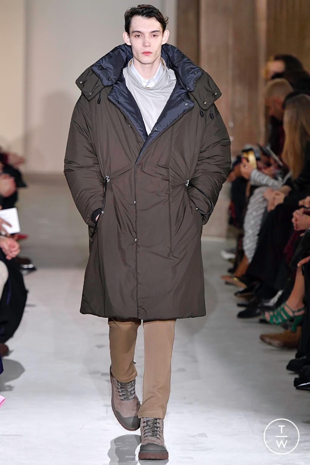 Fashion Week Milan Fall/Winter 2019 look 43 from the Salvatore Ferragamo collection womenswear