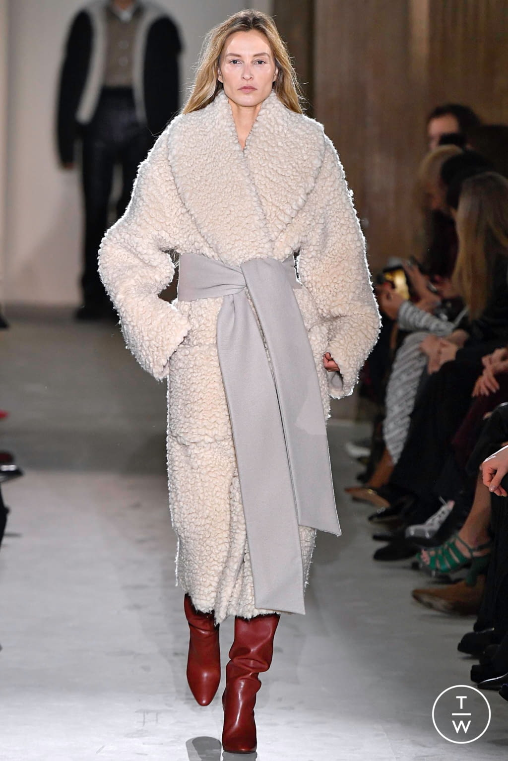 Fashion Week Milan Fall/Winter 2019 look 44 from the Salvatore Ferragamo collection womenswear