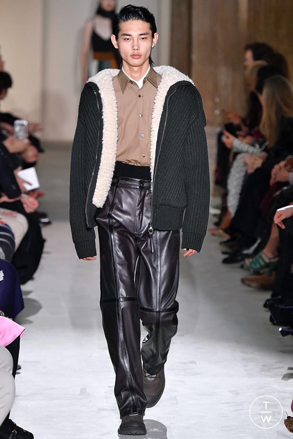 Fashion Week Milan Fall/Winter 2019 look 45 from the Salvatore Ferragamo collection womenswear