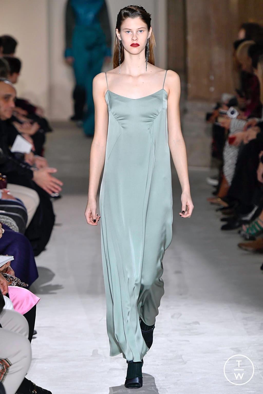 Fashion Week Milan Fall/Winter 2019 look 50 from the Salvatore Ferragamo collection womenswear
