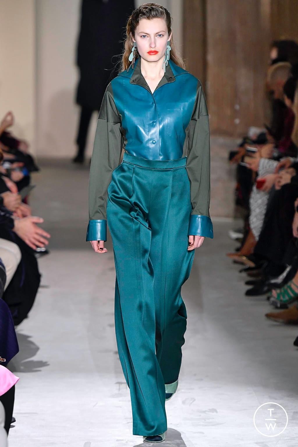 Fashion Week Milan Fall/Winter 2019 look 51 de la collection Salvatore Ferragamo womenswear