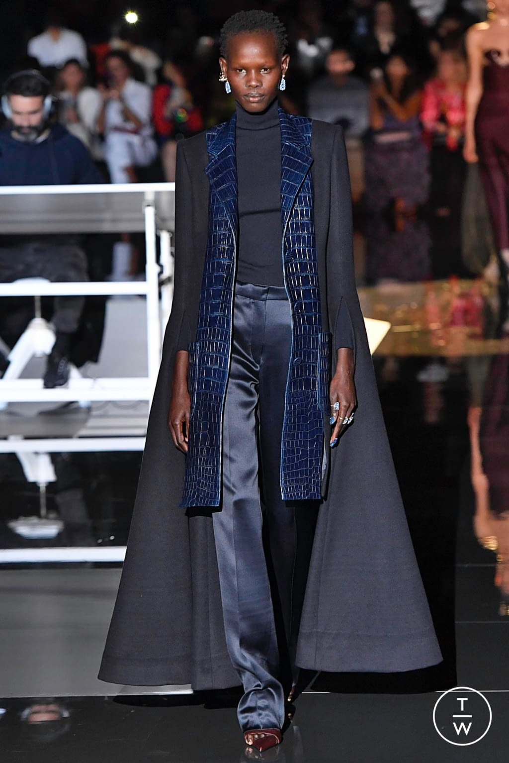 Fashion Week Paris Fall/Winter 2019 look 5 from the Schiaparelli collection couture