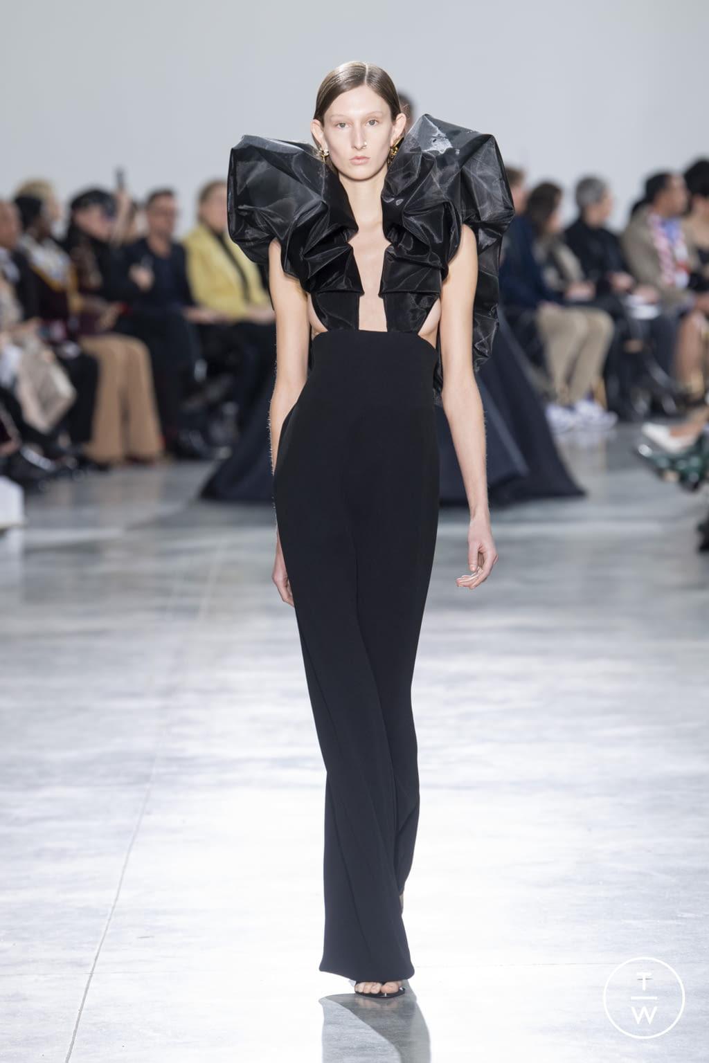 Fashion Week Paris Spring/Summer 2020 look 22 de la collection Schiaparelli couture