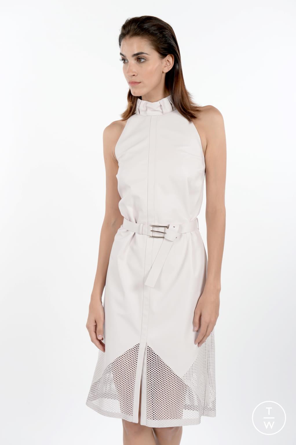 Fashion Week Paris Spring/Summer 2017 look 39 de la collection Maison Ullens womenswear