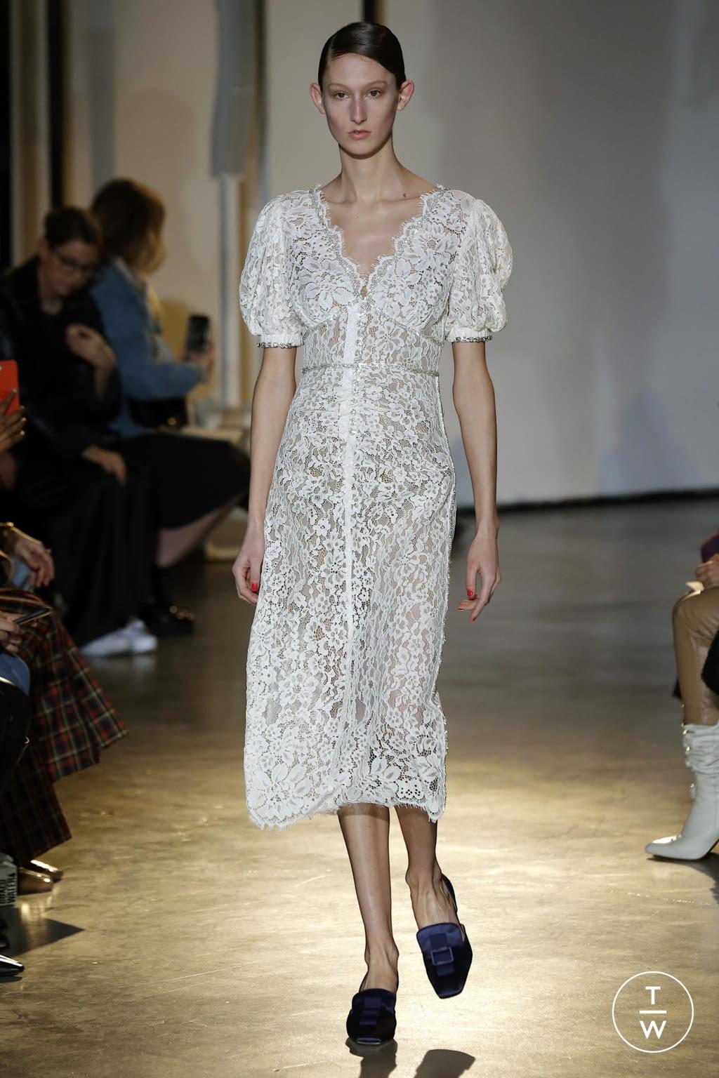 Fashion Week New York Fall/Winter 2020 look 12 de la collection Self Portrait womenswear