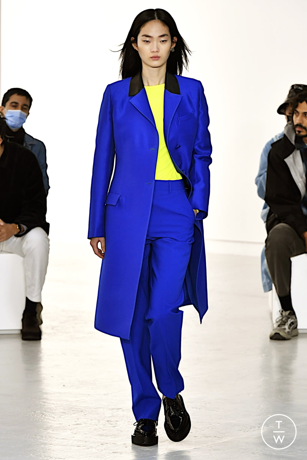 Fashion Week Paris Spring/Summer 2022 look 28 from the Shang Xia collection womenswear