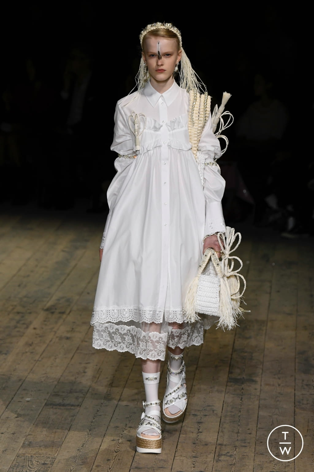 Fashion Week London Spring/Summer 2020 look 12 from the Simone Rocha collection womenswear