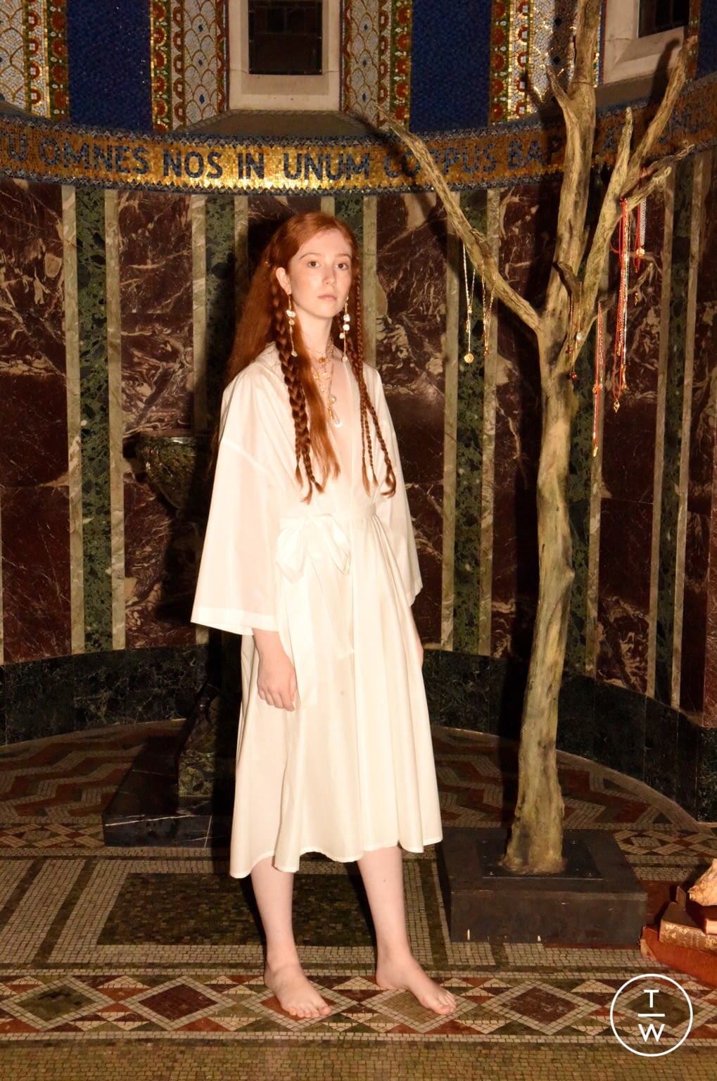 Fashion Week London Spring/Summer 2020 look 12 from the Alighieri collection womenswear accessories