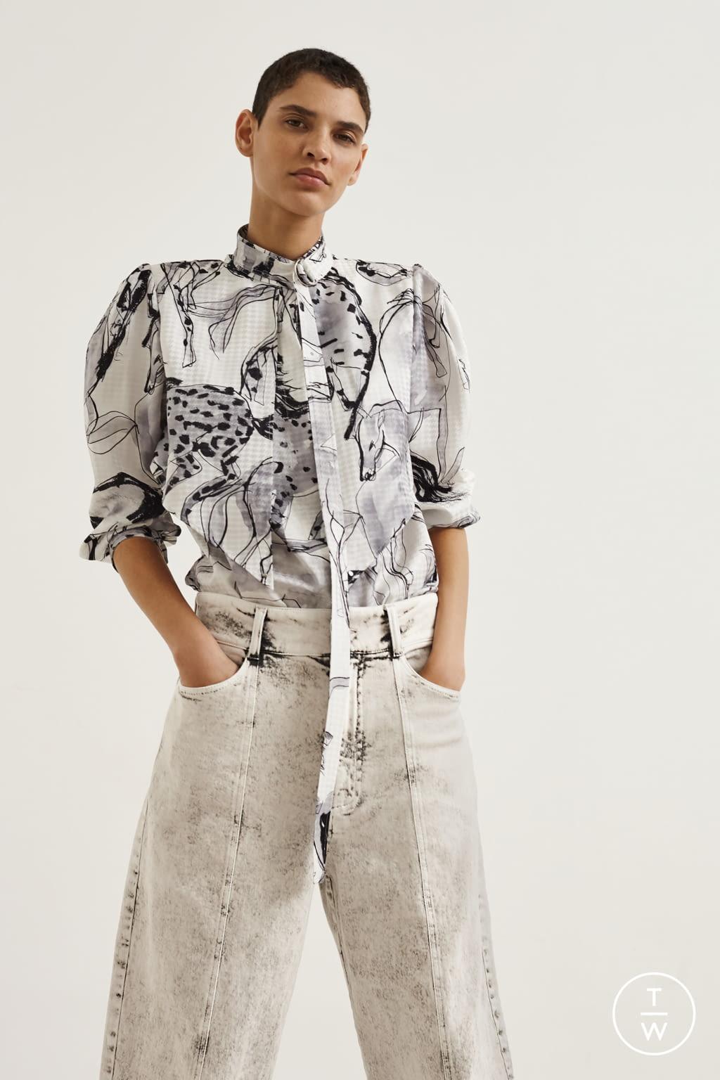 Fashion Week Paris Resort 2020 look 19 from the Stella McCartney collection womenswear