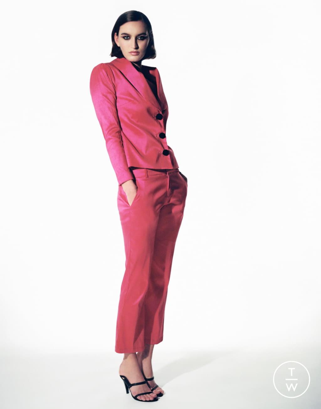 Fashion Week Paris Fall/Winter 2020 look 11 from the Stefania Vaidani collection womenswear